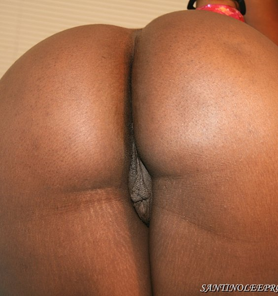 GOW-4-HERSEY_LEE_DARK_CHOCOLATE_BIG_PHAT_ASS_GAMER_WHORE-FSCENE.f4v