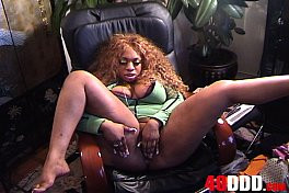 40DDD.COM-GINA_DEPALMA-70-PHAT BOOTY LETHAL LIPPS GOT HOT REAL FAST,AND  PULLS OUT HER BIG TITS ,AND THE BBC SUCK THEM AND GETS HER WET PUSSY LICKED-FSCENE.f4v